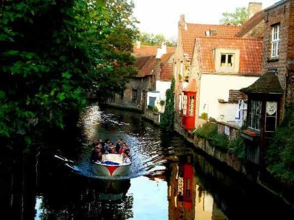 Canal ride in Brugge