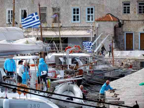 Hydra fishermen