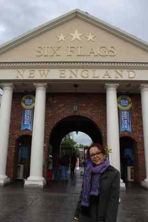 Six Flags New England entrance