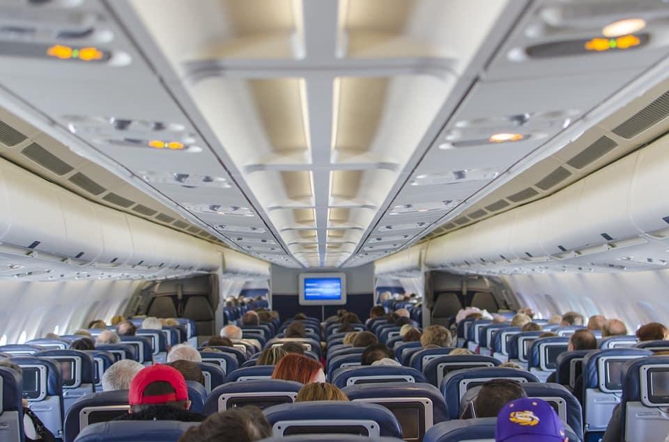 airplane-seats-2570438_960_720.jpg