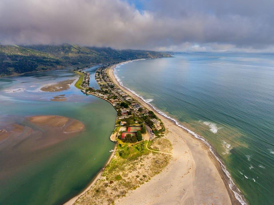 stinson-beach-2294768_960_720.jpg