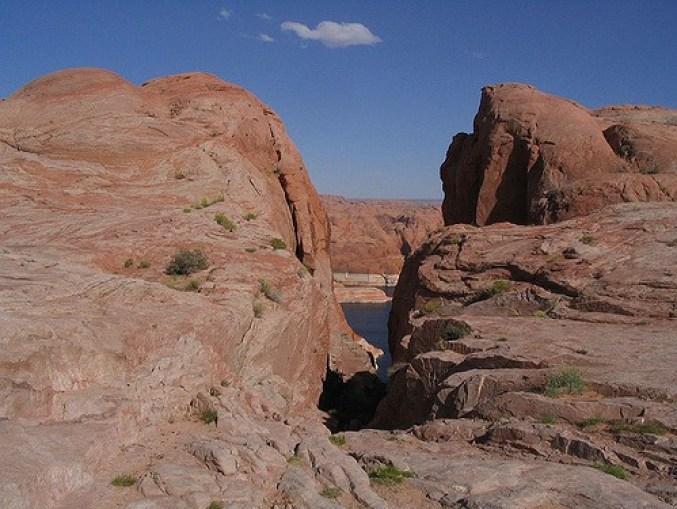 Hole-in-the-Rock.jpg
