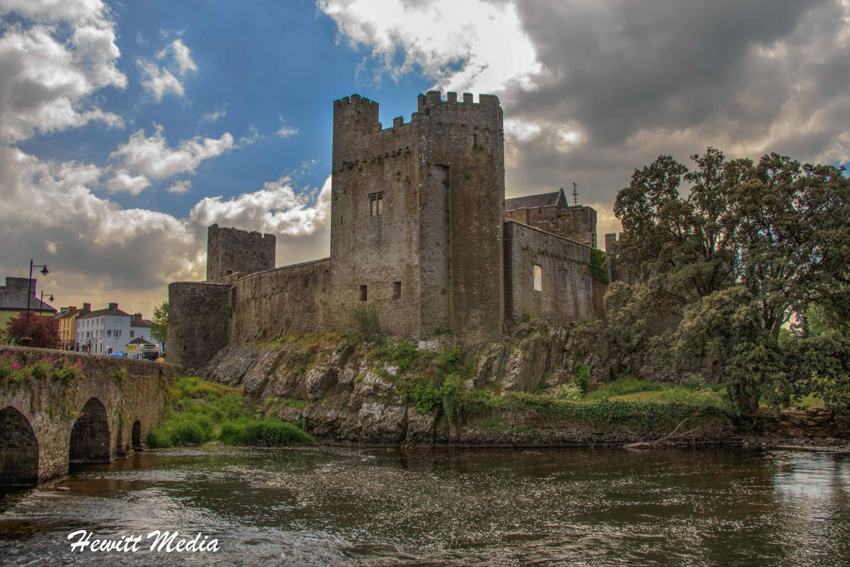 Cahir Castle Visitor's Guide