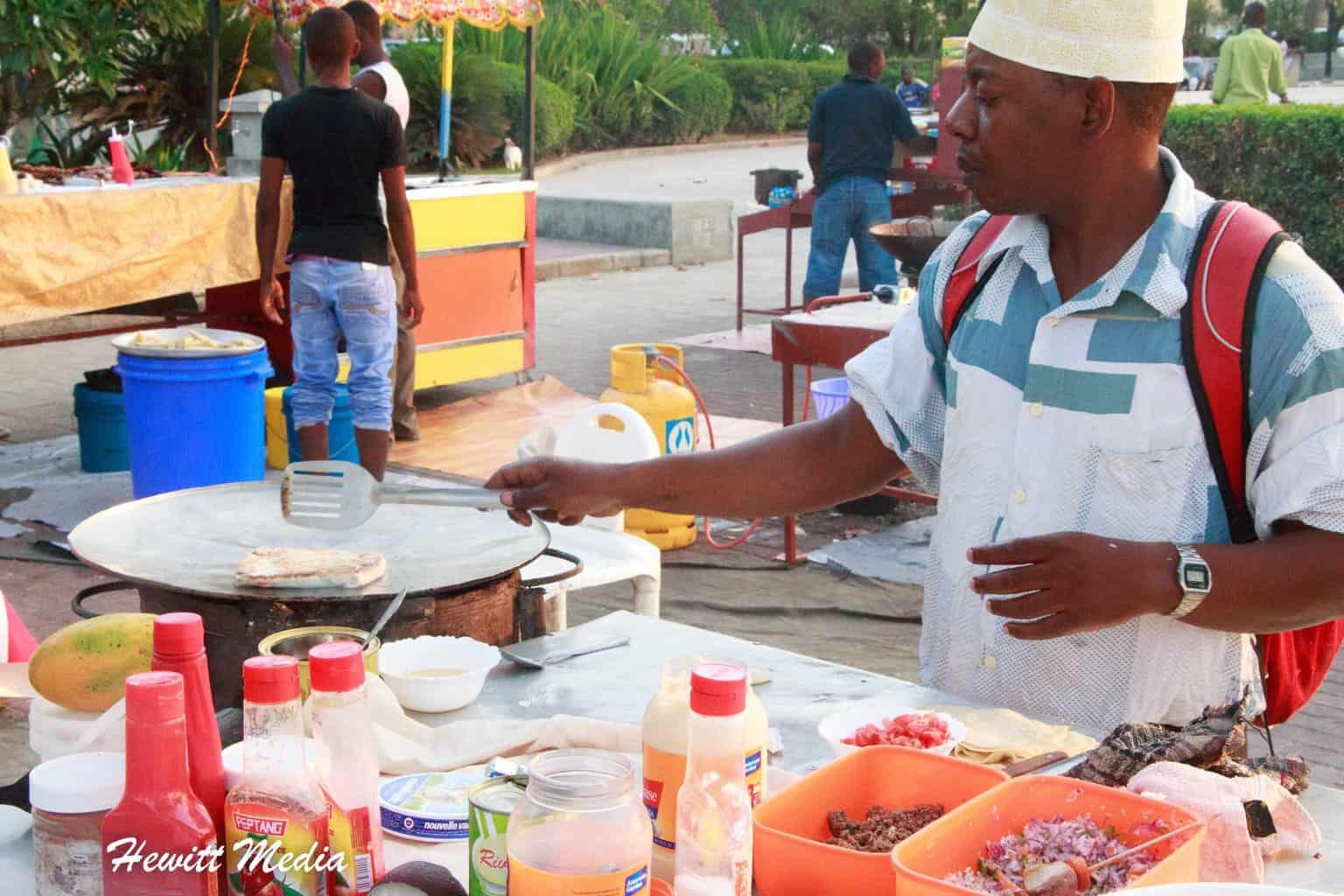 Watching Zanzibar Pizza be made