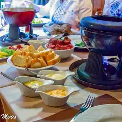 A delicious fondue dinner