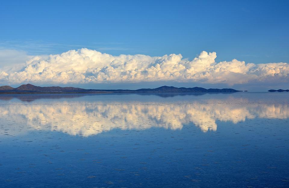 Salar de Uyuni.jpg