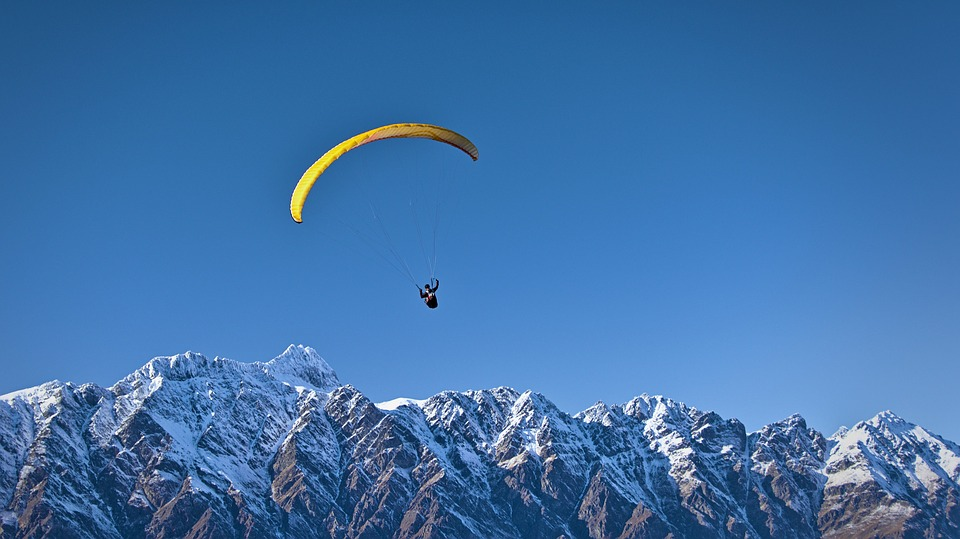 skydiving queenstown.jpg