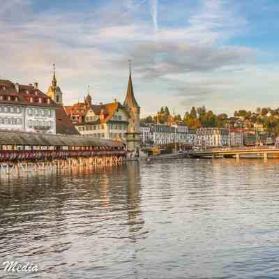 The Reuss River and the beautiful Chapel Bridge