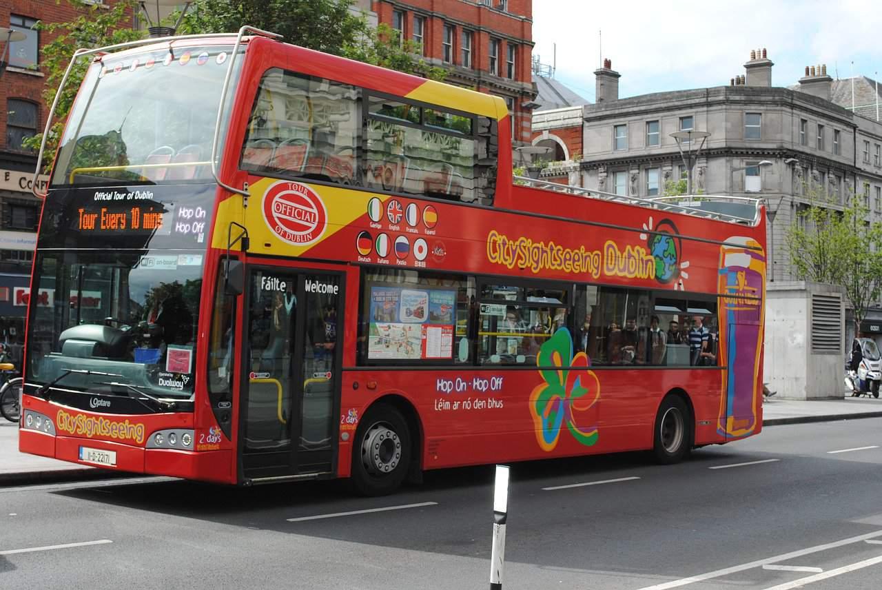 bus-605584_1280.jpg
