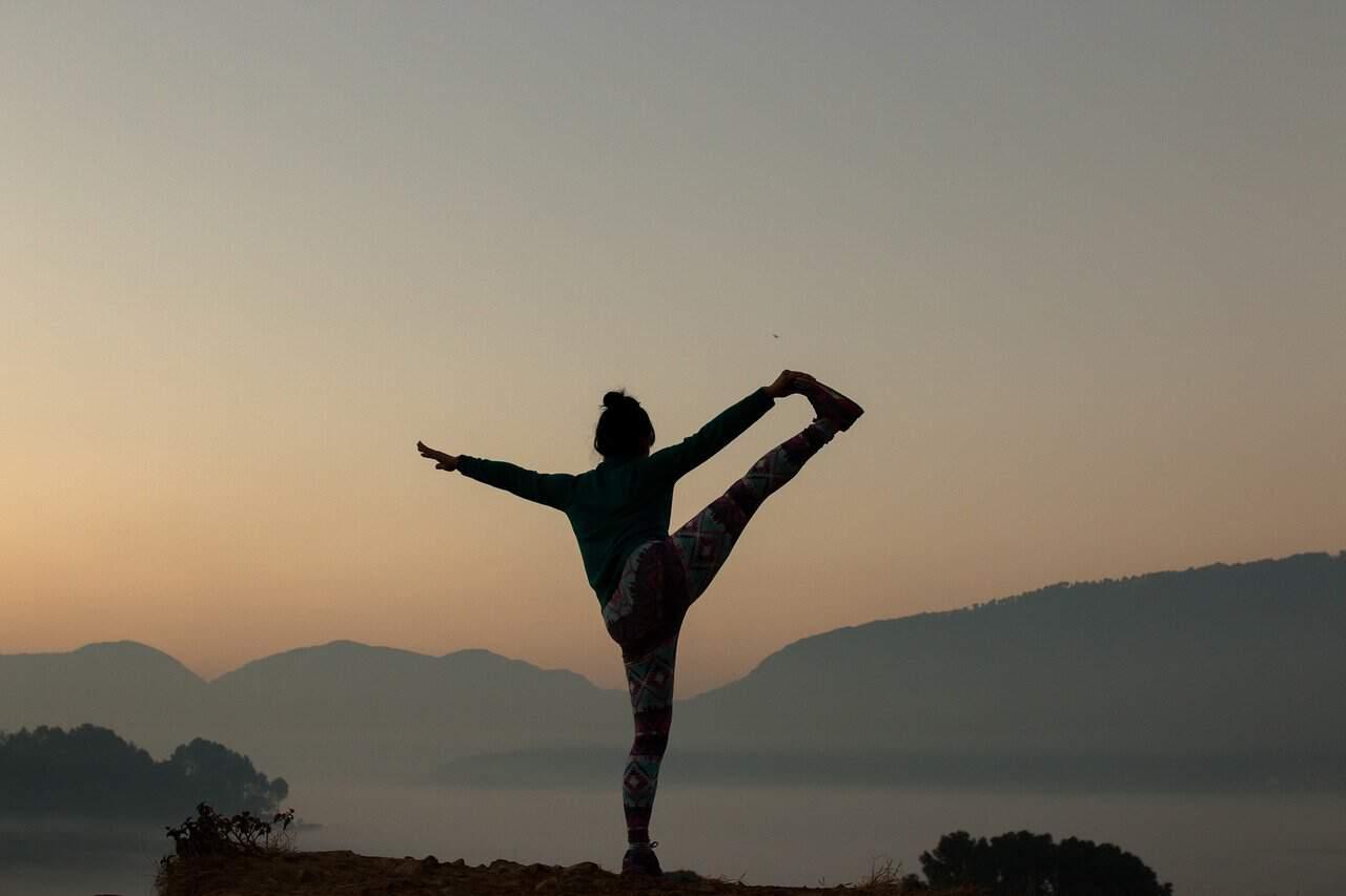 yoga-2383964_1280.jpg