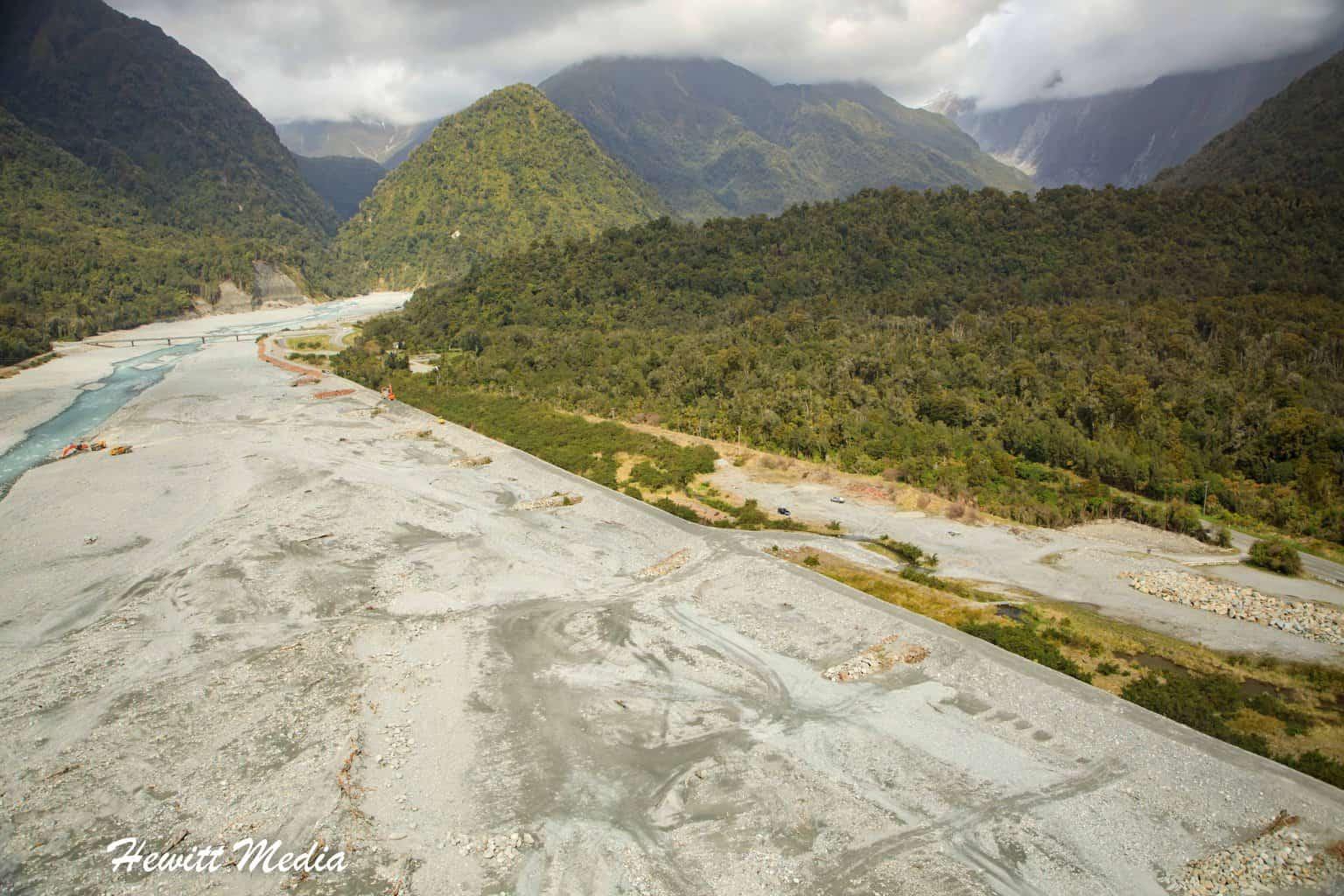 Franz Josef Glacier glacial valley