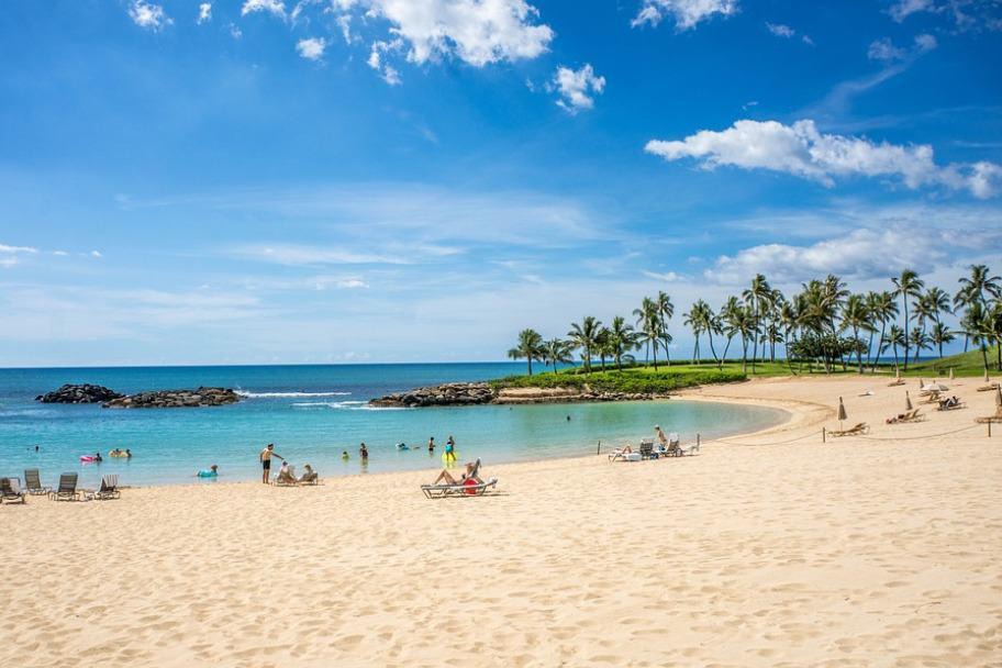 Ko Olina Lagoon Beach, Oahu Hawaii