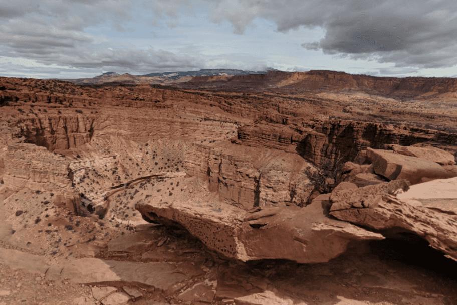 Southern Utah Road Trip - The Goosenecks Overlook