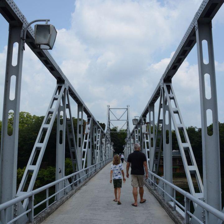 Okayama castle korakuen garden bridge