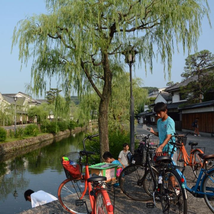 kurashiki bikan quarter canal local kids