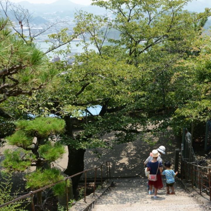 onomichi temple walk steps