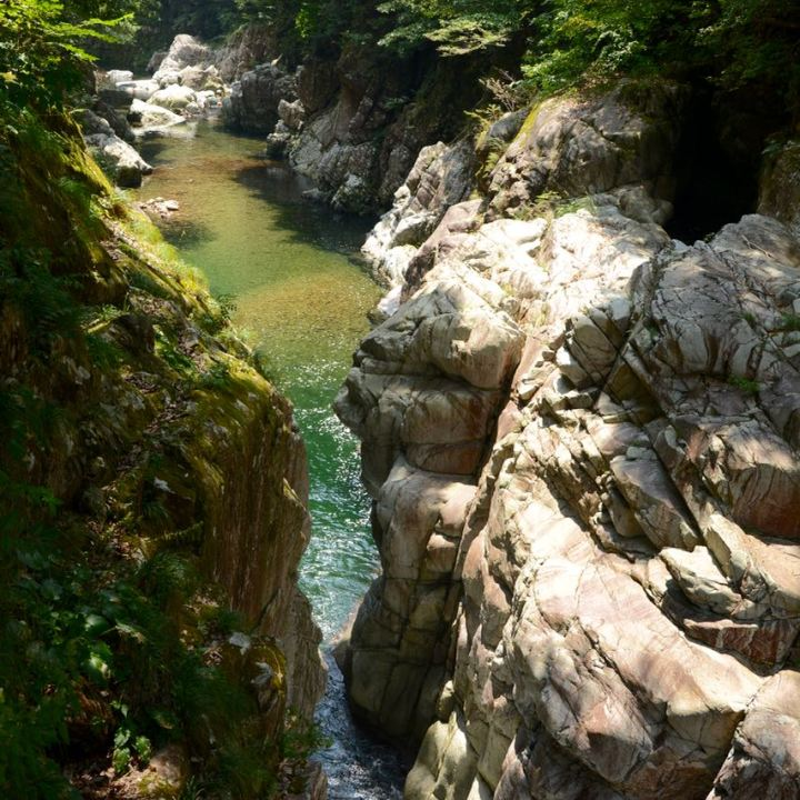 Sandankyo gorge hiroshima japan river rocks