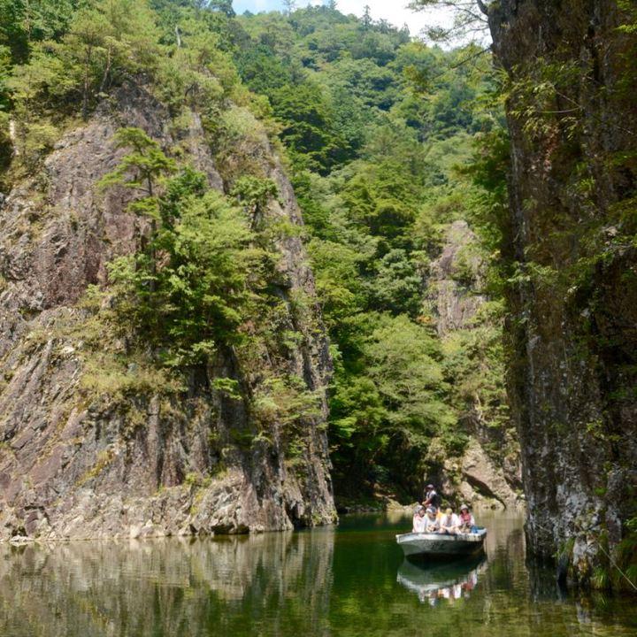 Sandankyo gorge hiroshima japan kurobuchi boat ride