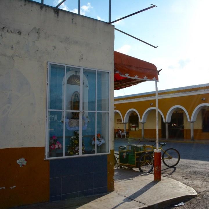 Valladolid mexico with children kids mercado municipal