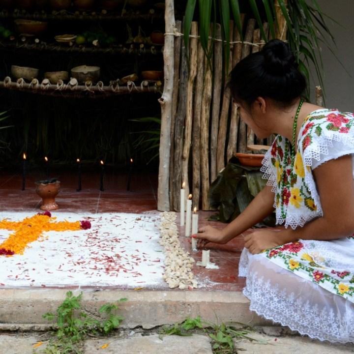 Travel with children kids mexico merida hanal pixan altars
