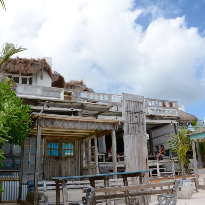 Travel with children mexico Tulum mayan ruins restaurant posada margarita
