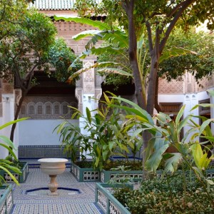 travel with children kids morocco marrakech bahia palace fountain