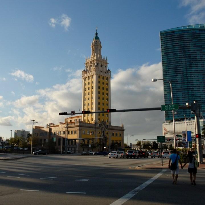 travel with kids children miami usa downtown miami tower