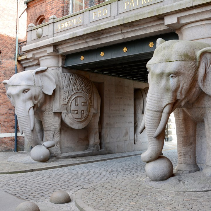 travel with kids children Copenhagen Denmark vesterbro Carlsberg brewery elephant gate