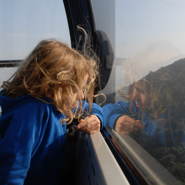 travel with kids children hong kong lantau big buddha cable car view