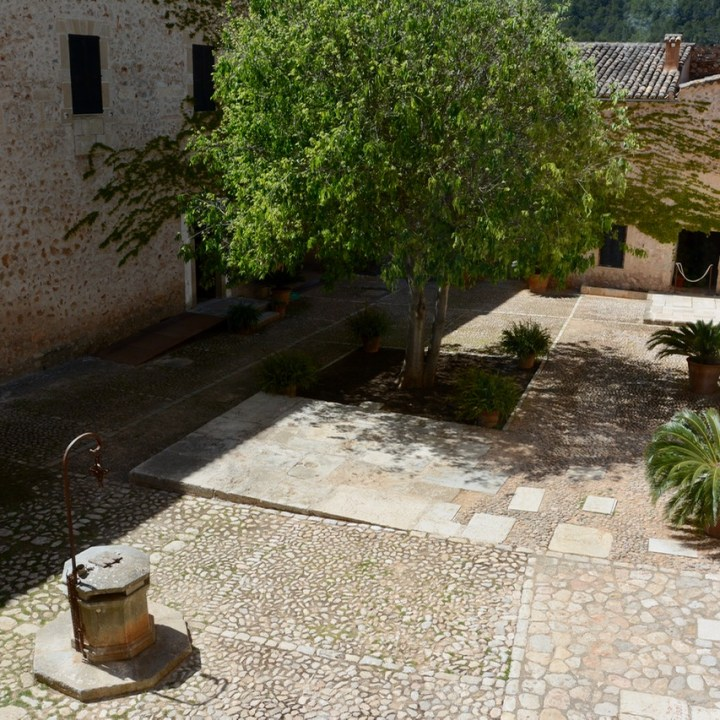 travel with kids children mallorca spain raixa estate courtyard