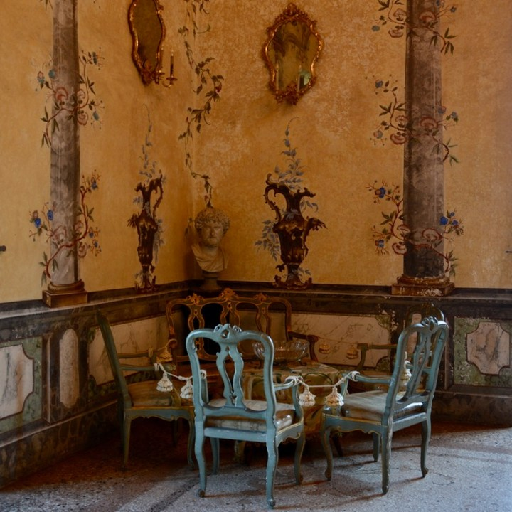 travel with kids children isola madre lago maggiore italy palazzo borromeo seating area
