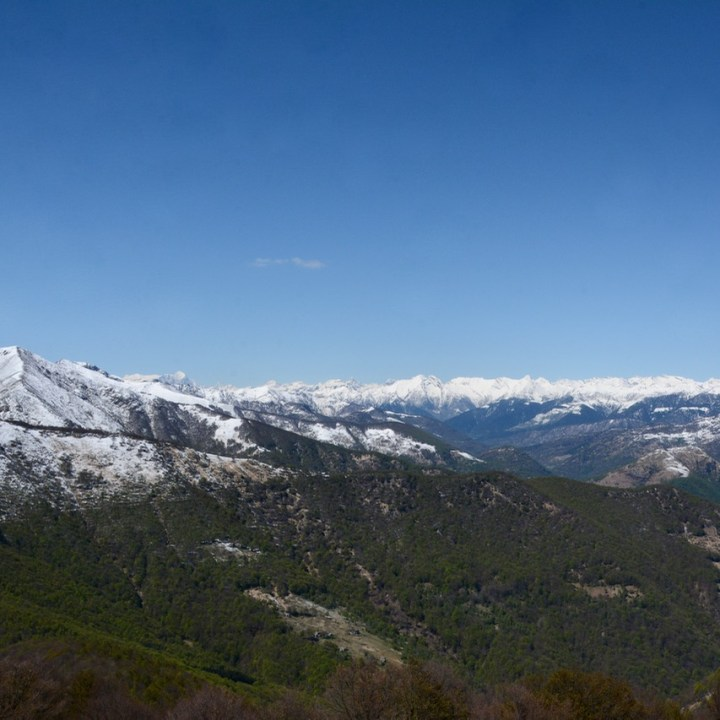 travel with kids children mount spalavera lago maggiore hiking snow covered alps