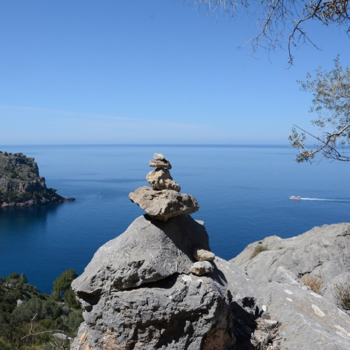travel with kids children soller mallorca spain hiking cala tuent boat