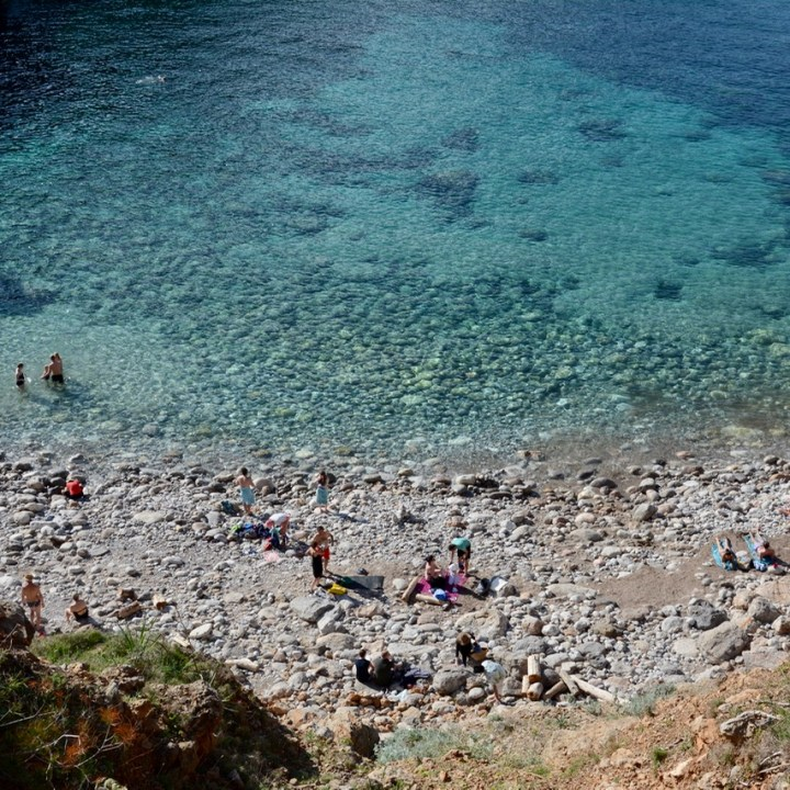 travel with kids children soller mallorca spain coastal hike ben's d'avall to cala deia beach