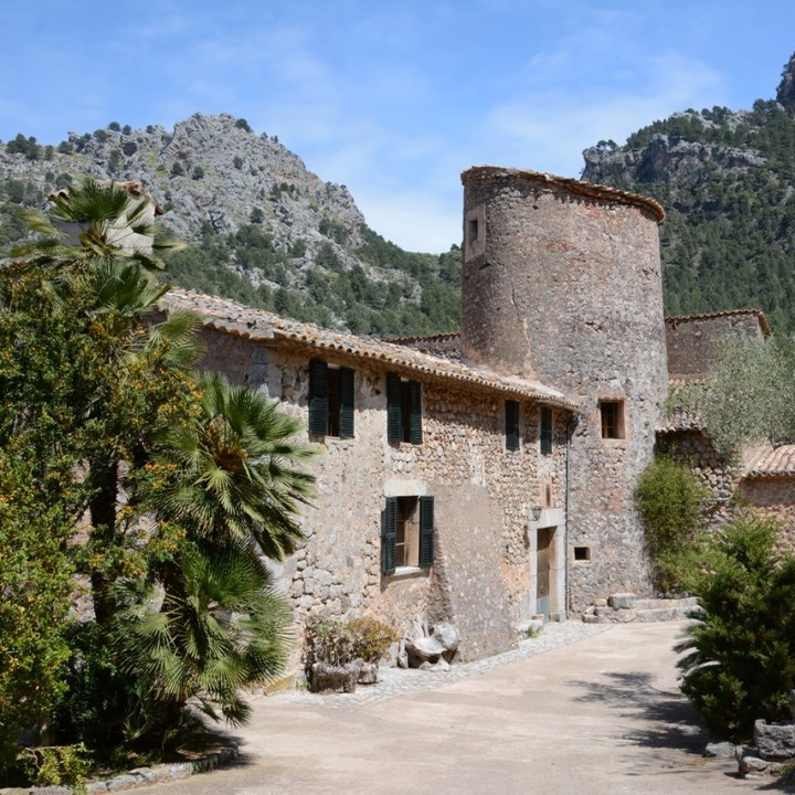travel with kids children soller mallorca spain hiking cala tuent baltix d'avall old mill