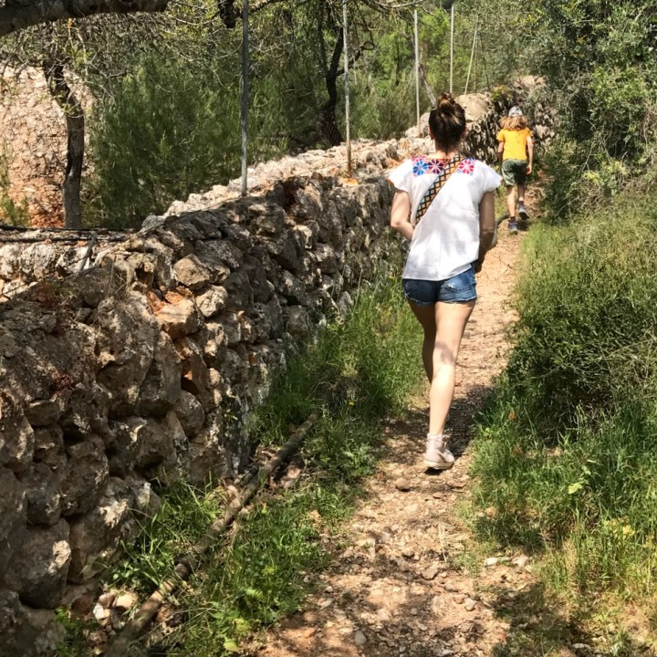 travel with kids children soller mallorca spain mirador ses barques hiking path