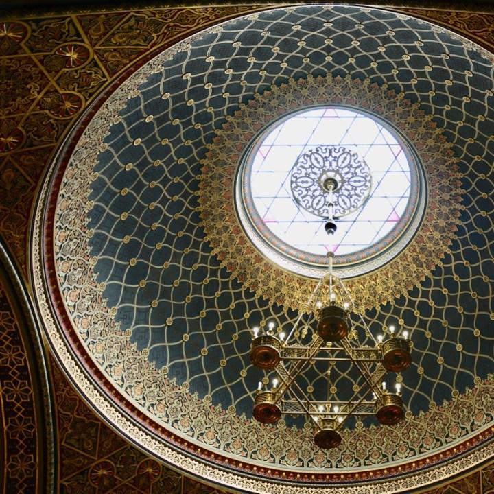 travel with kids prague spanish synagogue