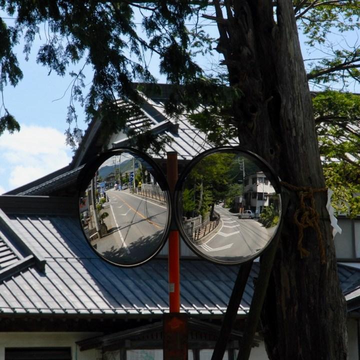 cycling with kids lake yamanakako mirrors