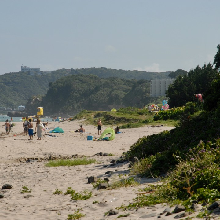 shimoda japan with kids kawazu beach