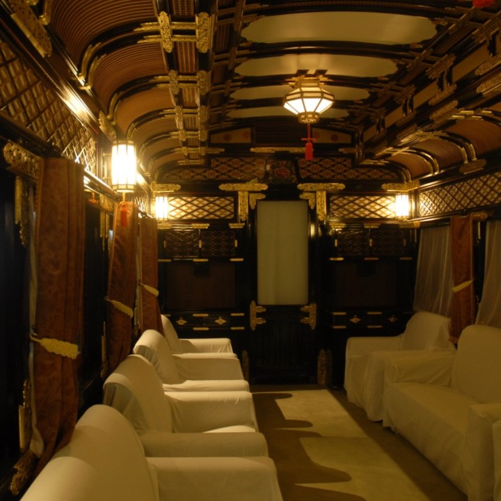 tokyo train museum with kids shinkansen kings carriage