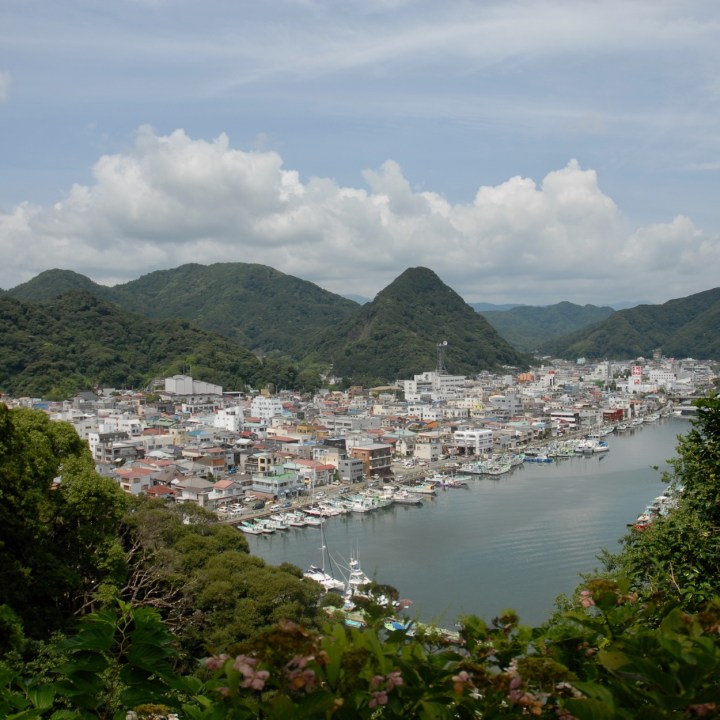 shimoda with kids izu peninsular port view