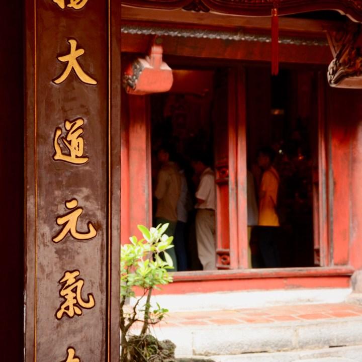 Hanoi, Vietnam | Exploring the Temple of Literature with Kids