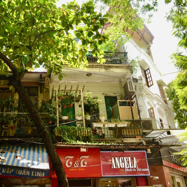 travel with kids vietnam hoi an balconies