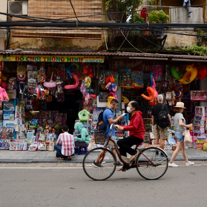 travel with kids vietnam hoi an toy shop