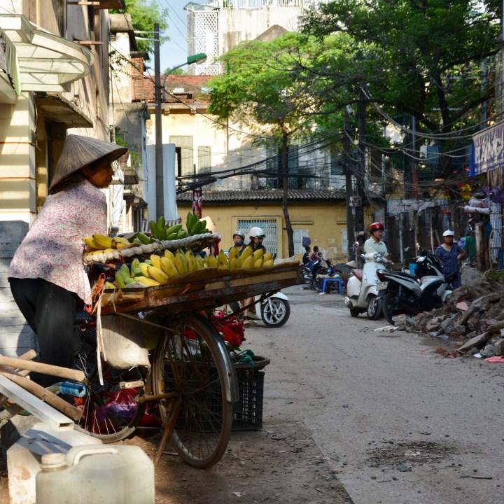 Hanoi, Vietnam | Exploring the Colourful Markets in the Old Quarter of Hanoi