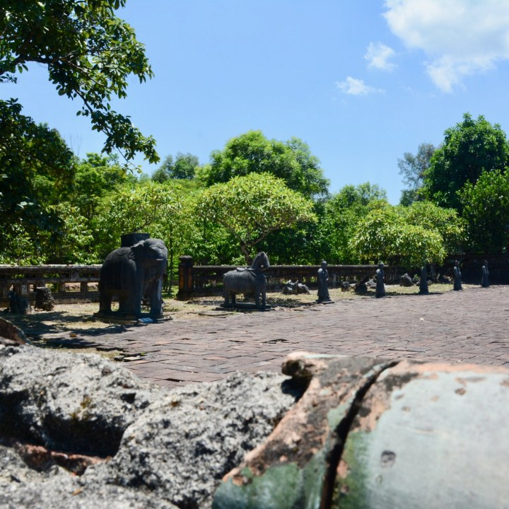 vietnam travel with kids hue Tomb of King Thieu Tri guards