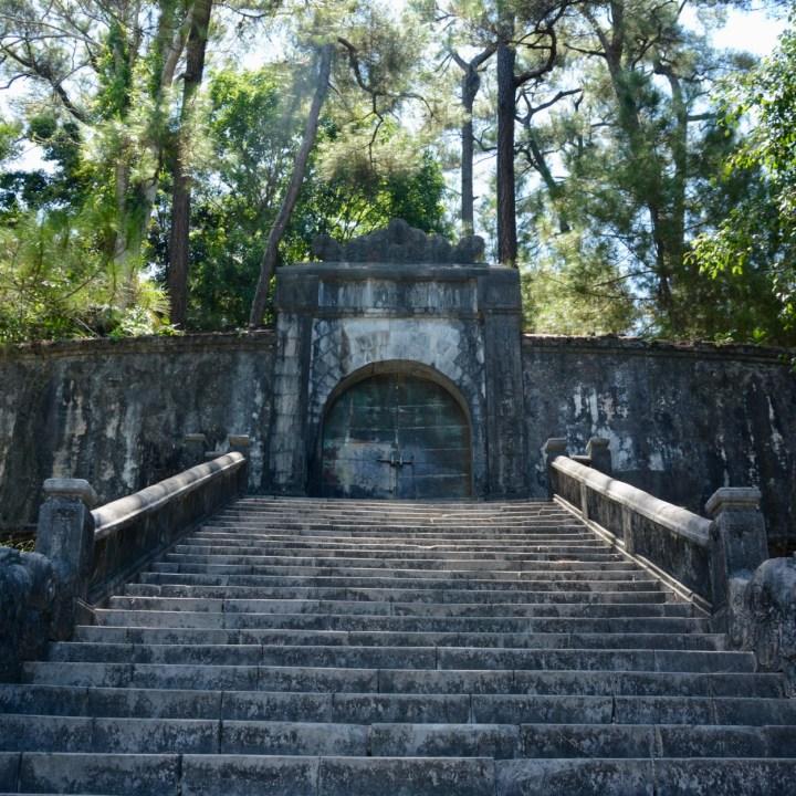 vietnam with kids hue tomb minh mang gate