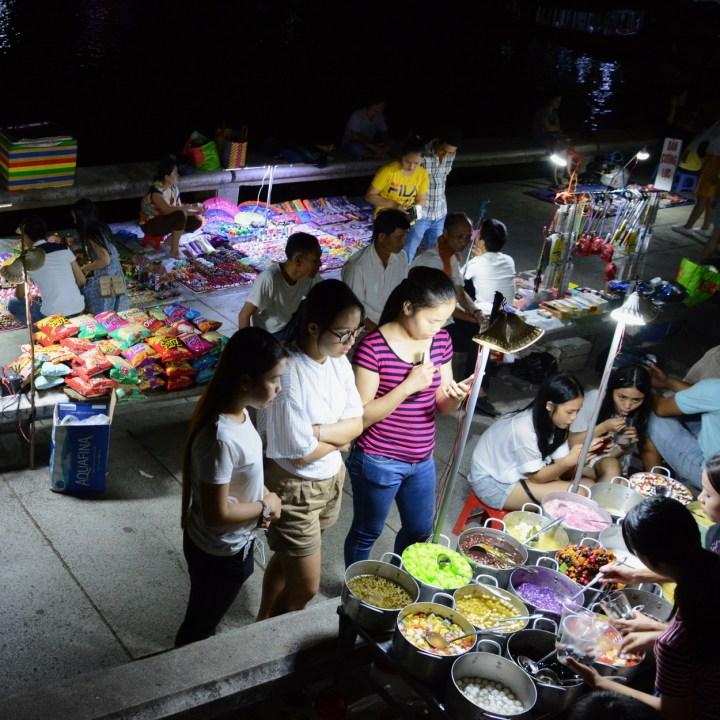 vietnam with kids hue evenings food options