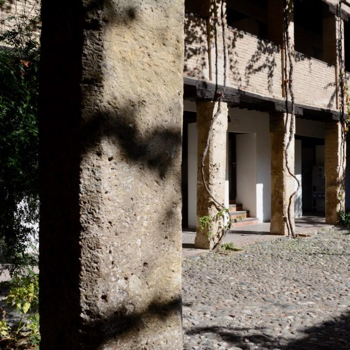 granada with kids corral de carbon shadows