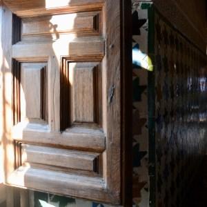 alhambra with kids nasrid palace window shutter